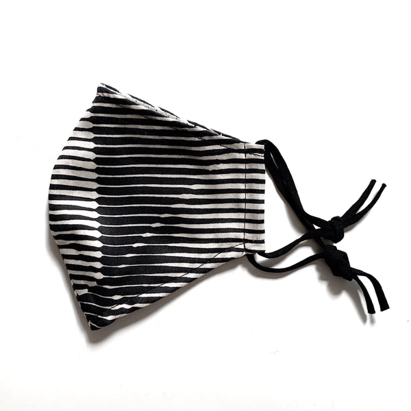 Furoshiki face mask for summer (Folded Paper Black)