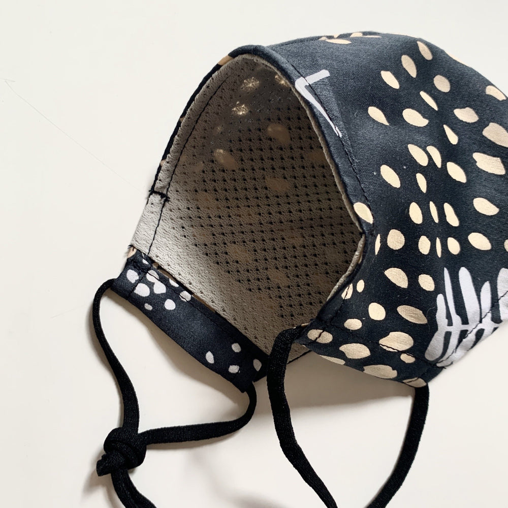 Furoshiki mesh lining face mask (Mountain Blossom Midnight Blue)