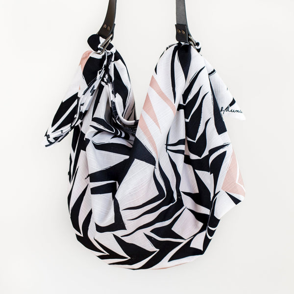 """Angles"" furoshiki and carry strap bag set"