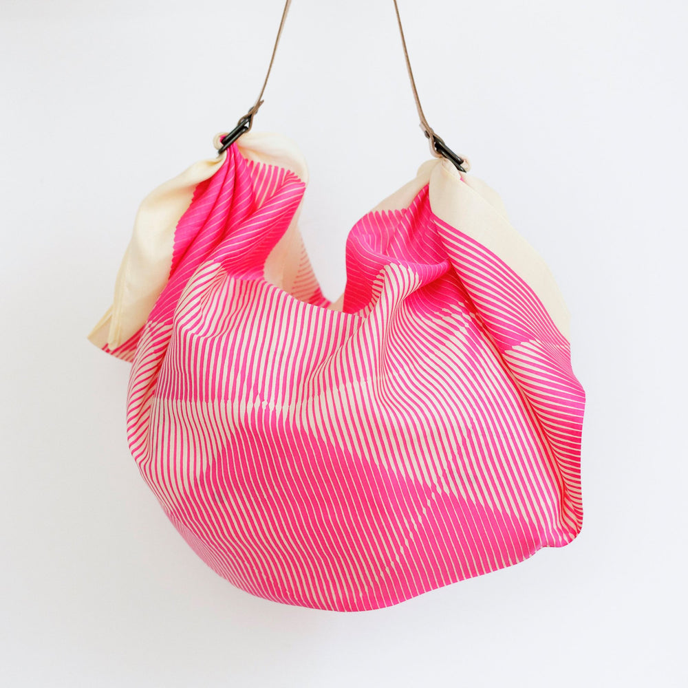 """Folded Paper"" furoshiki (pink) bag set"