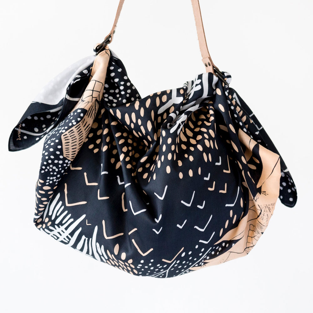 """Mountain Blossom"" furoshiki (midnight blue) bag set"