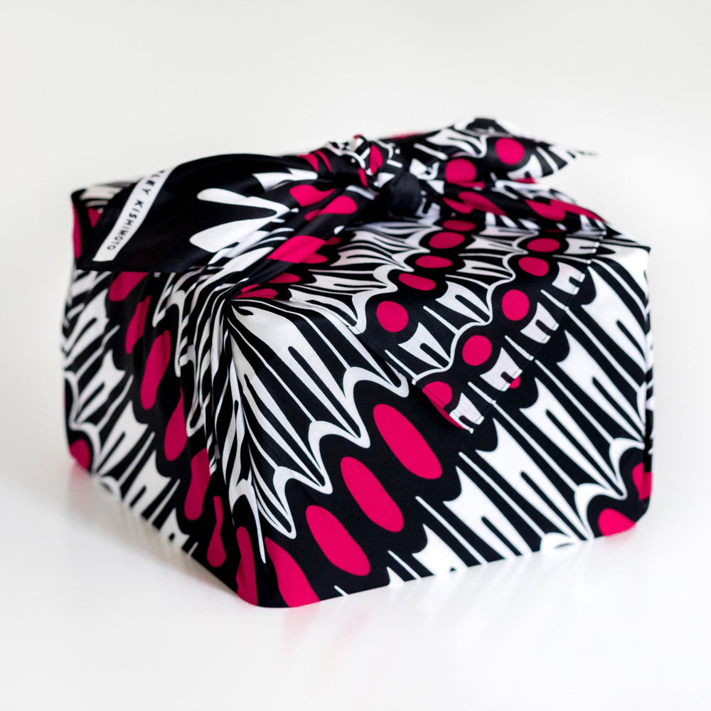 """Ruffle"" furoshiki textile in black, white and pink"