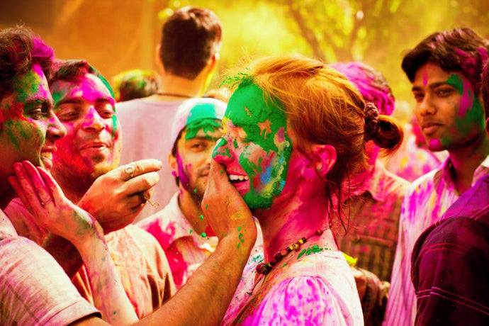 Enjoy Holi without Creating Havoc for your Skin & Hair