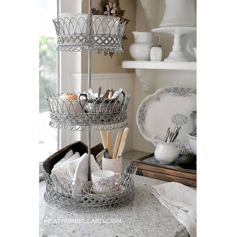 Alternative use of cake stand cutlery pots