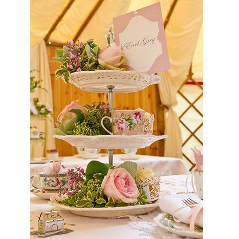 Alternative use of cake stand Table Centers