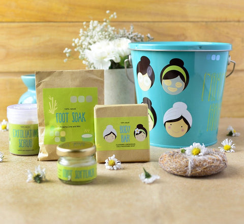 spa box, pail, navvi, gifting ideas, gifts for her