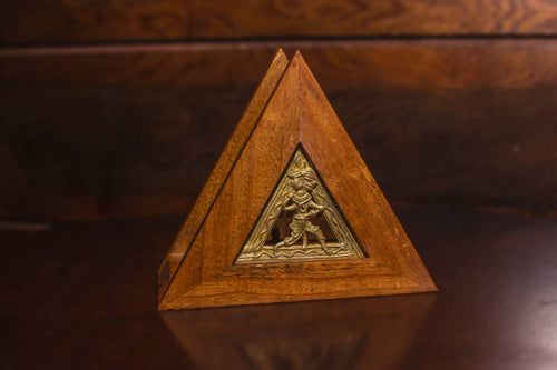 Triangle Napkin Holder in Mango Wood