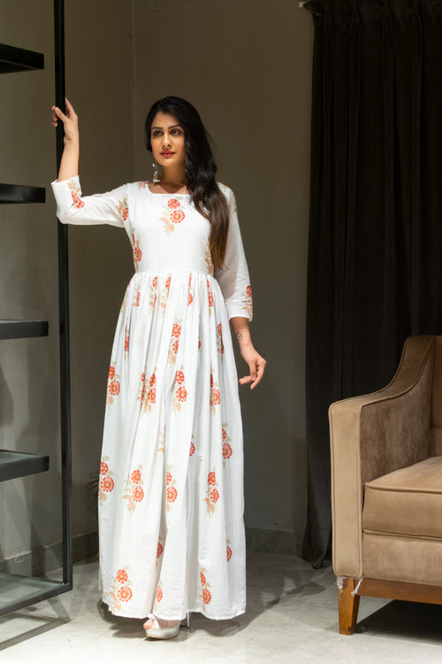 gown, handblockprinted, offwhite, flowerprint, navvi, jaipurwork, festivewear, traditionalwear, classy, dress