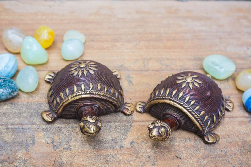 Dhokra Art Tortoise Table Top Set- Brown - Navvi Lifestyle