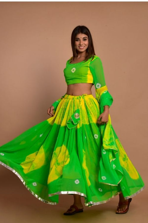 lehenga greenlehenga ethniclehengaset rajasthanilehenga bridetobe ethnicwear ethnicollection weddingwear womencollection fashion woomenfashion onlinelehenga navvi navvi.in