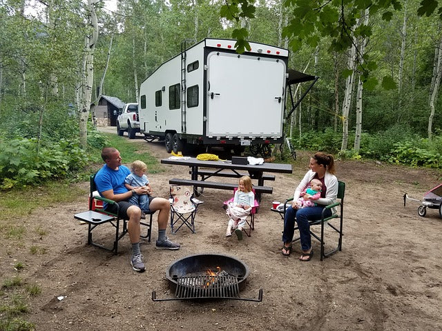 Things You Must Include in Your Family Camping List