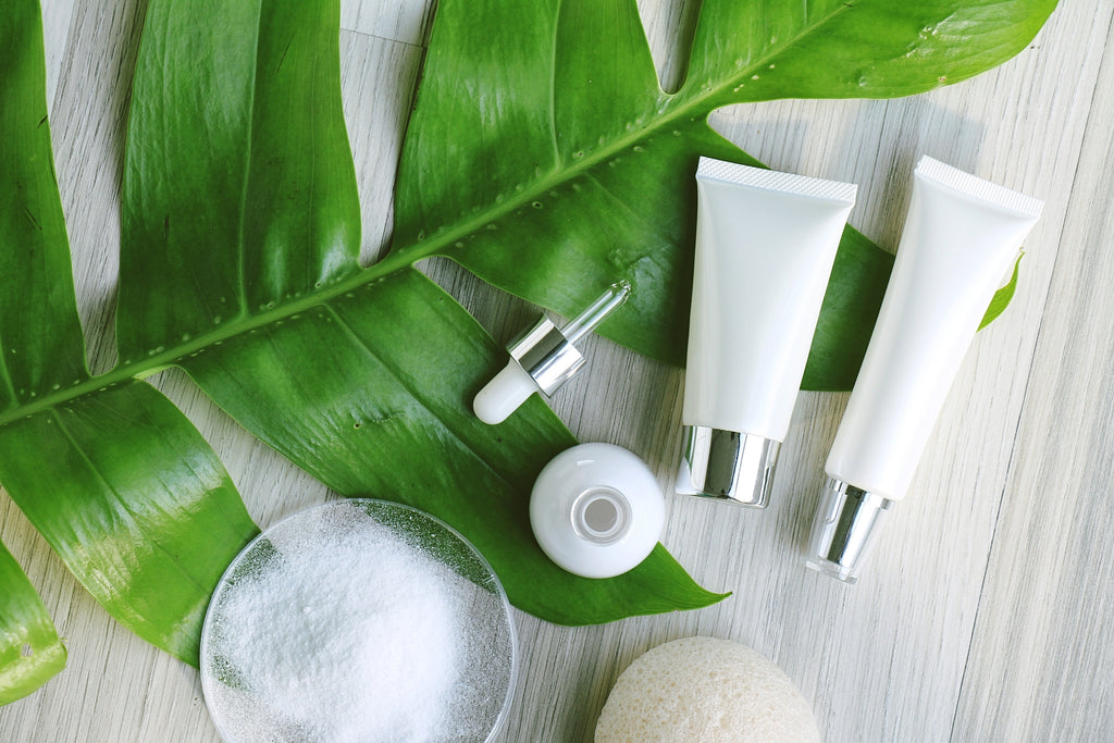 Natural Cosmetics and Green Leaf