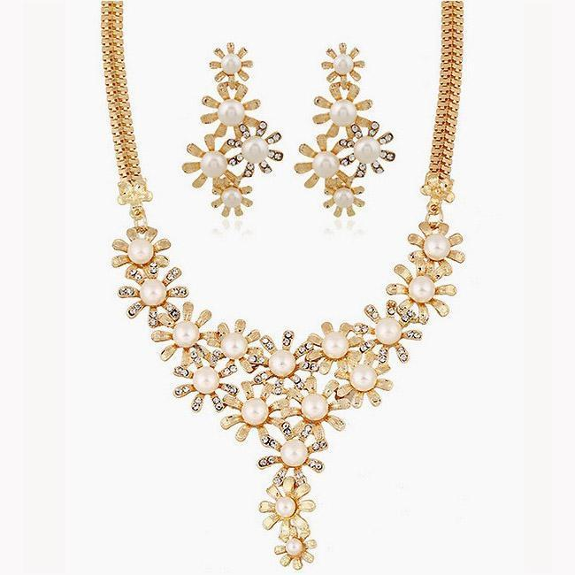 Necklace Casilda Pearls + Earrings-Costume Jewellery