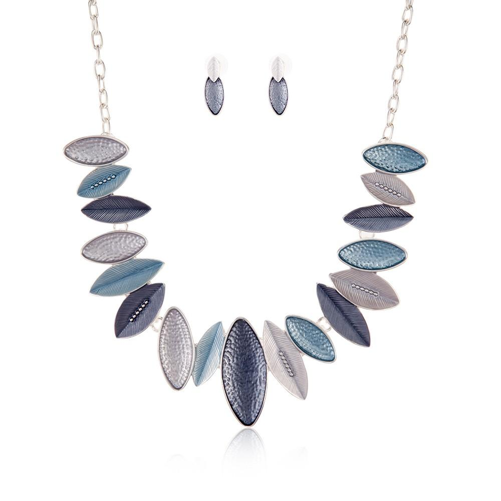 Necklace Nerissa Silver + Earrings - Costume Jewellery