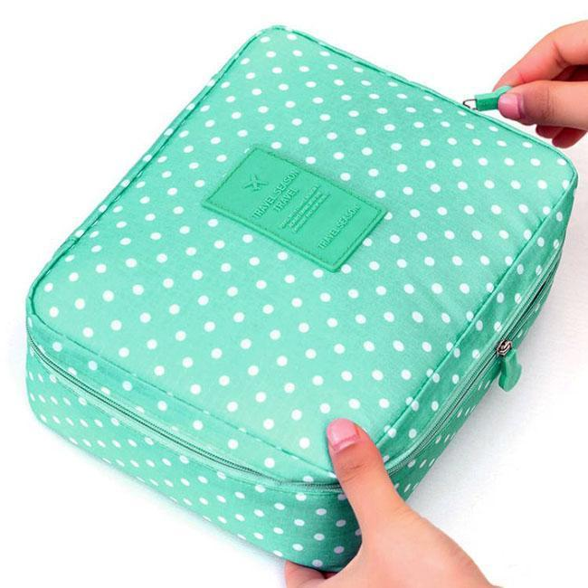 Wash Bag Mint Spotted-Costume Jewellery