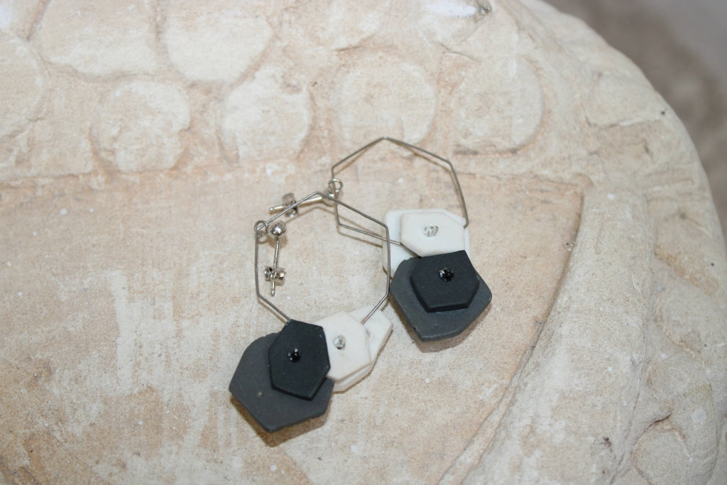 Poly Semina Platinum Earrings