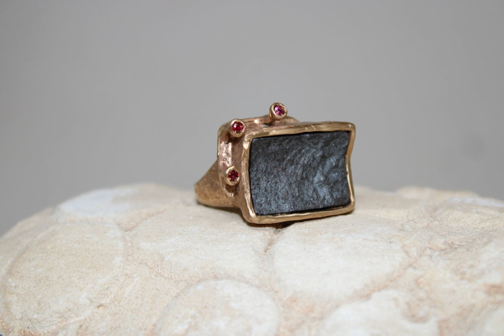 Terra Ring with Hematite and Rubies - UNIQUE PIECE
