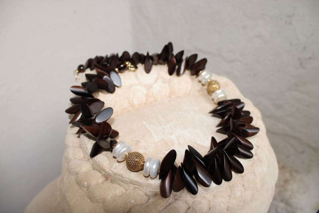 Ebony and Pearls Necklace