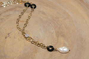 Pearls and Black Onyx Necklace