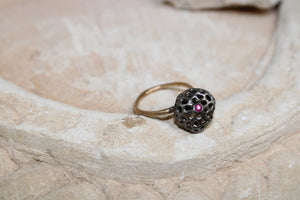 Aria Small Ring in Black with Ruby