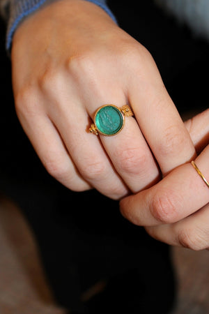 Two Winged Figures Glass Paste Ring in Sea Green