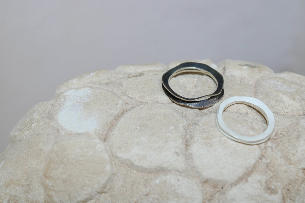 Fi Ring in White