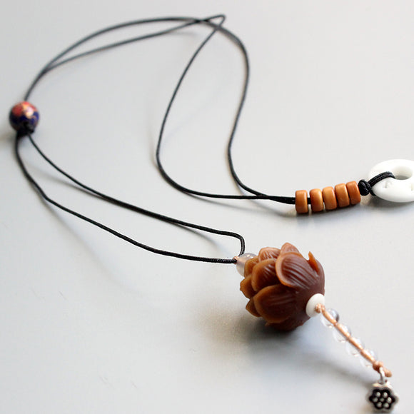 Necklace Dark Lotus - Bodhi Seed