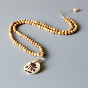 Necklace Lotus - Wood with Tagua Nut