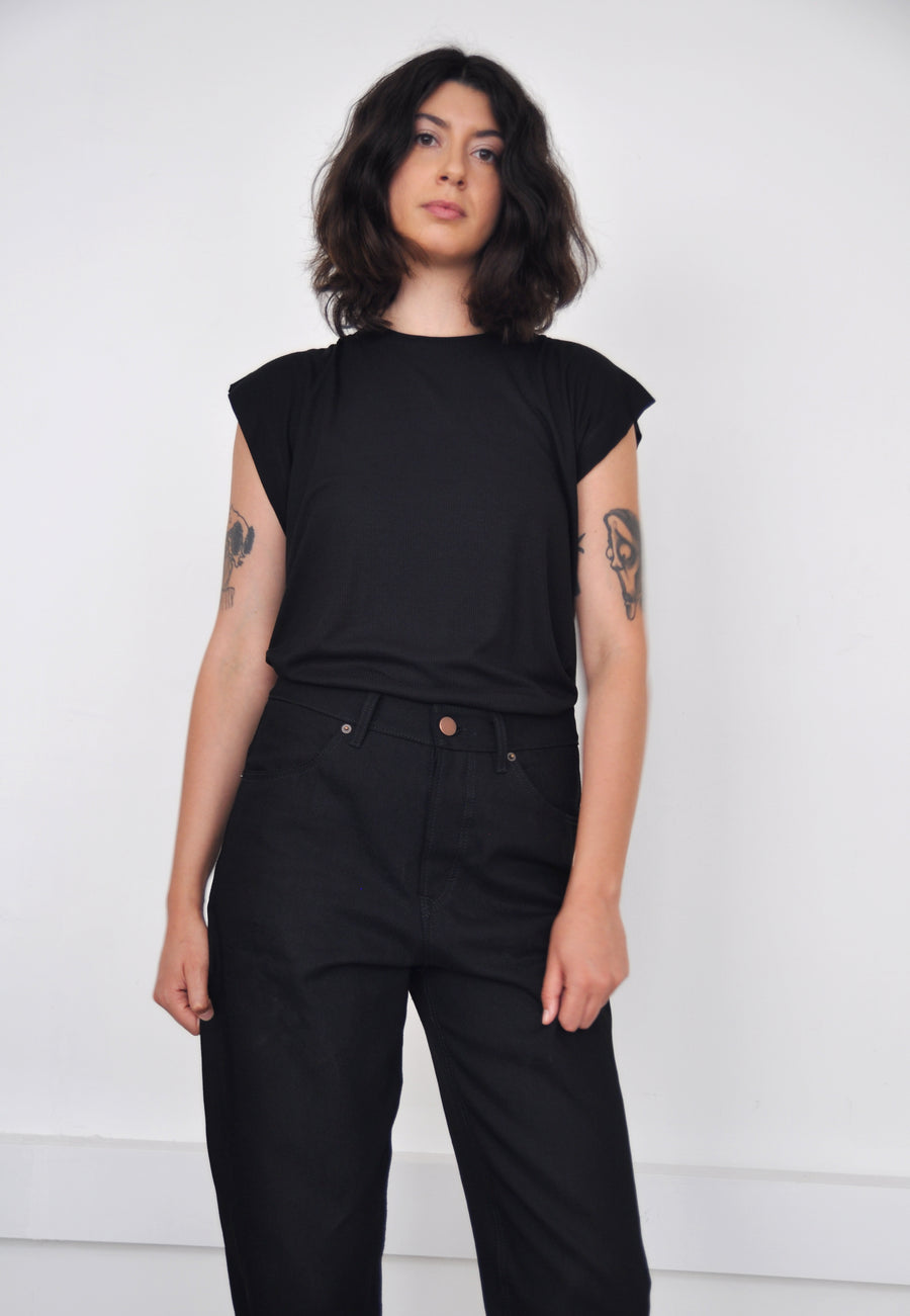 Black rib T-shrit