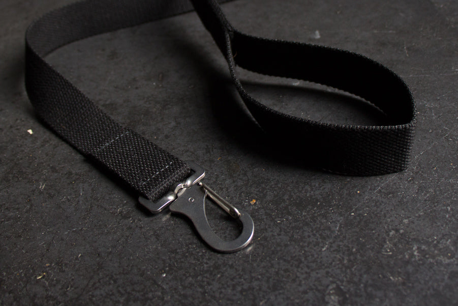 black dog lead with comfy handle