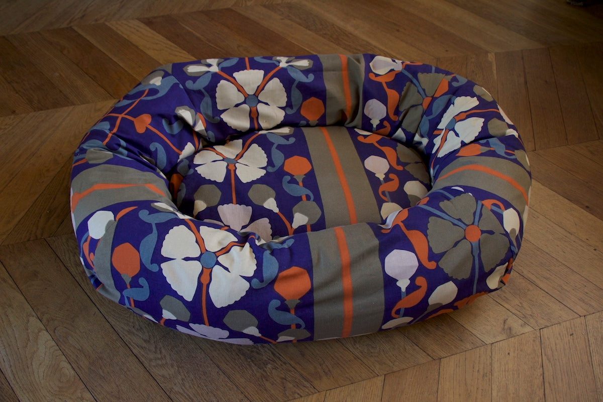 floral bed for dog