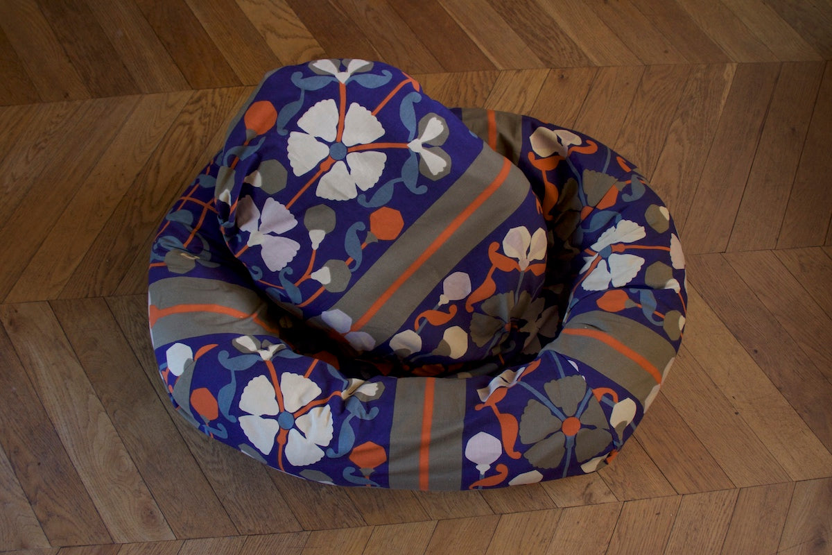 floral donut dog bed