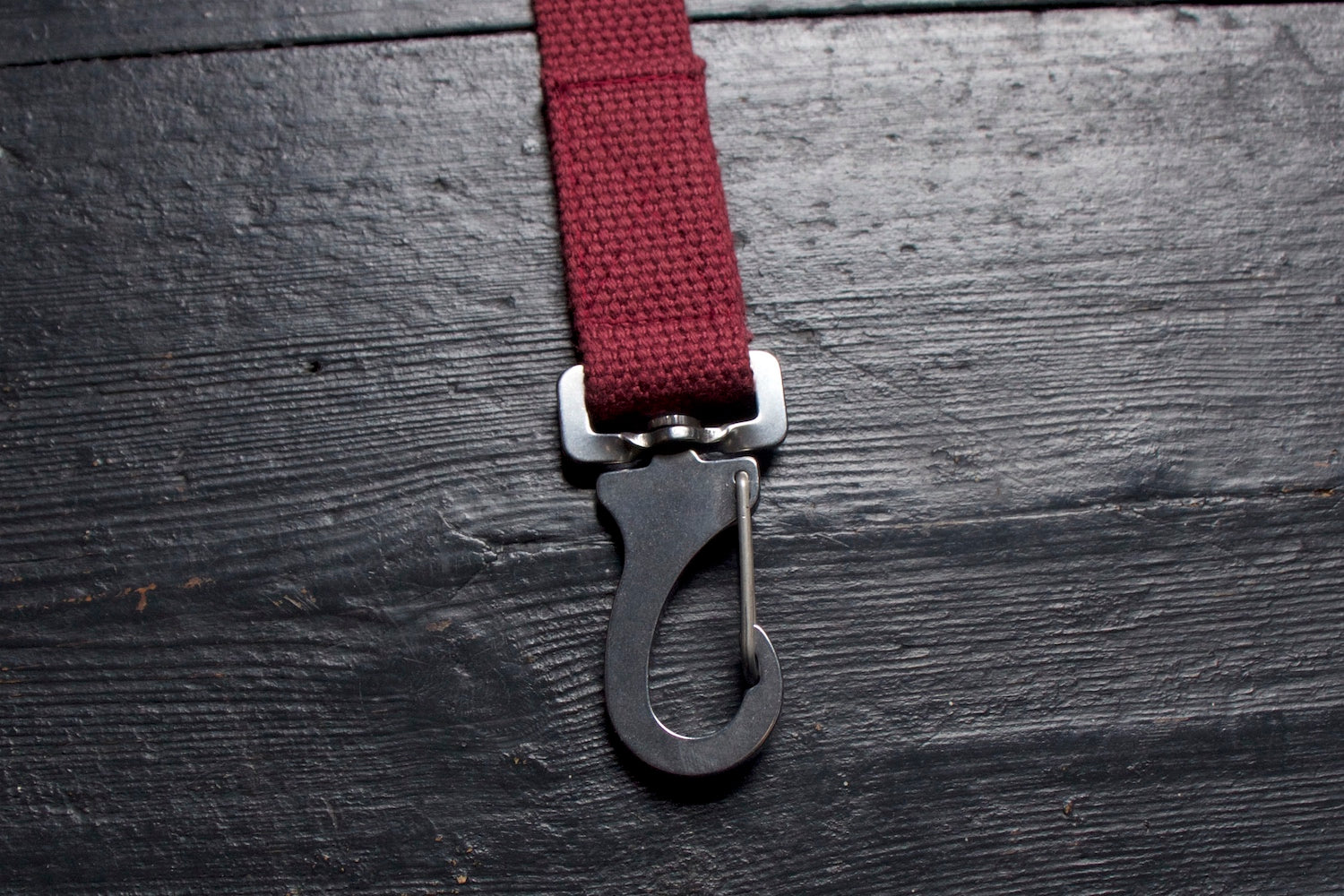 steel dog lead clip