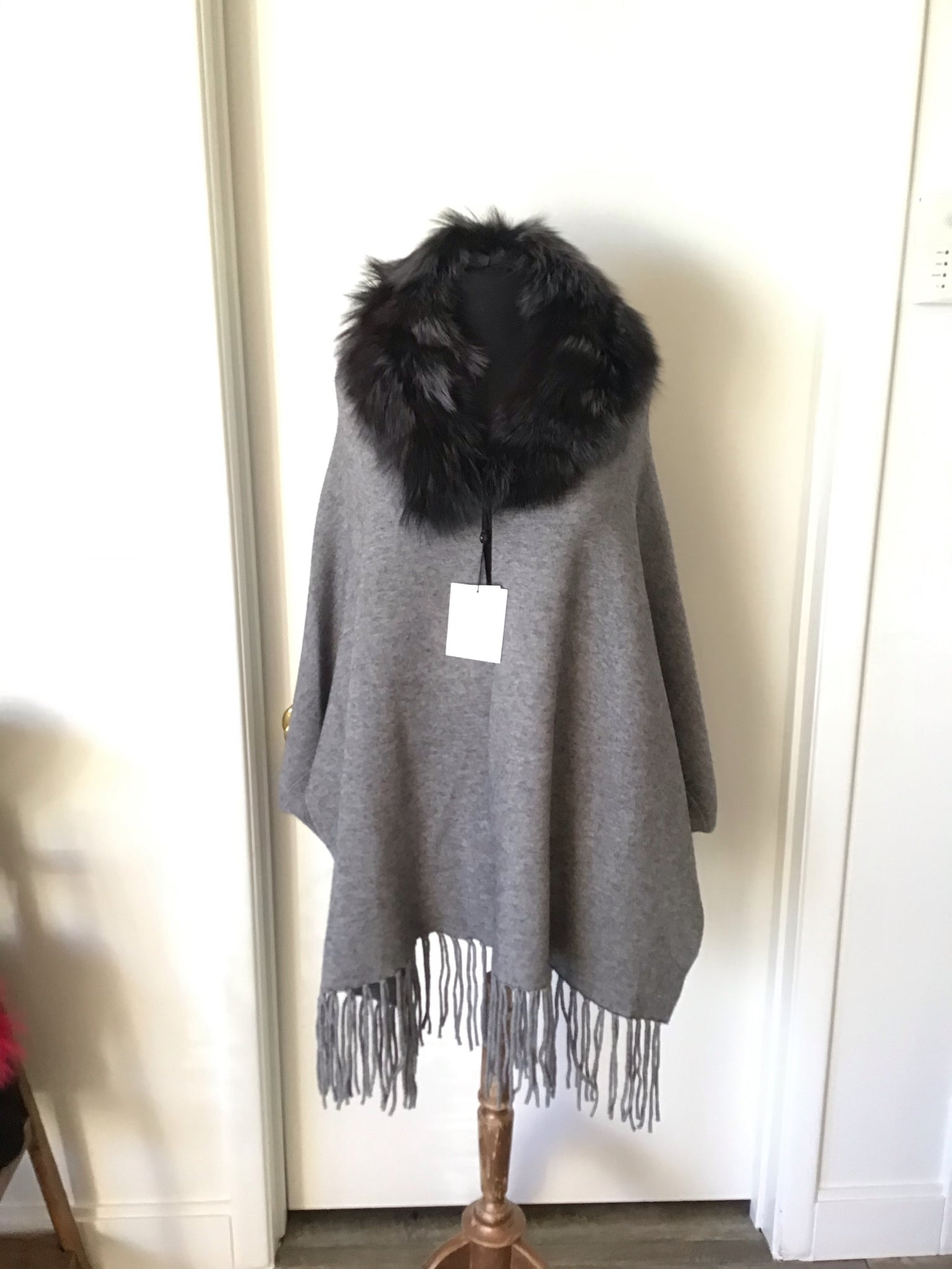 C&B Furs Gray Cashmere Blend Wrap with Fox Fur Trim on Mannequin