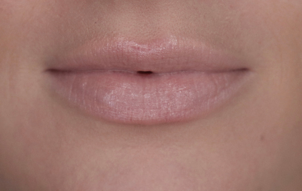 "Luminous Lip Gloss - ""Vanilla"""
