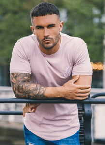 Gym King Longline Fitted T-Shirt – Mauve Shadows