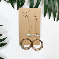 Gold Pearl Circle Kidney Hook Earrings