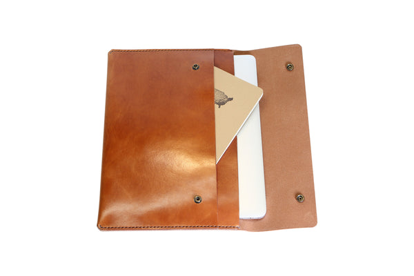 H+B LAPTOP CASE & FIELD NOTES POCKET | BUCK BROWN LEATHER