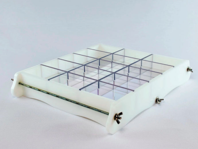 Slab soap mold with bottom liner solution