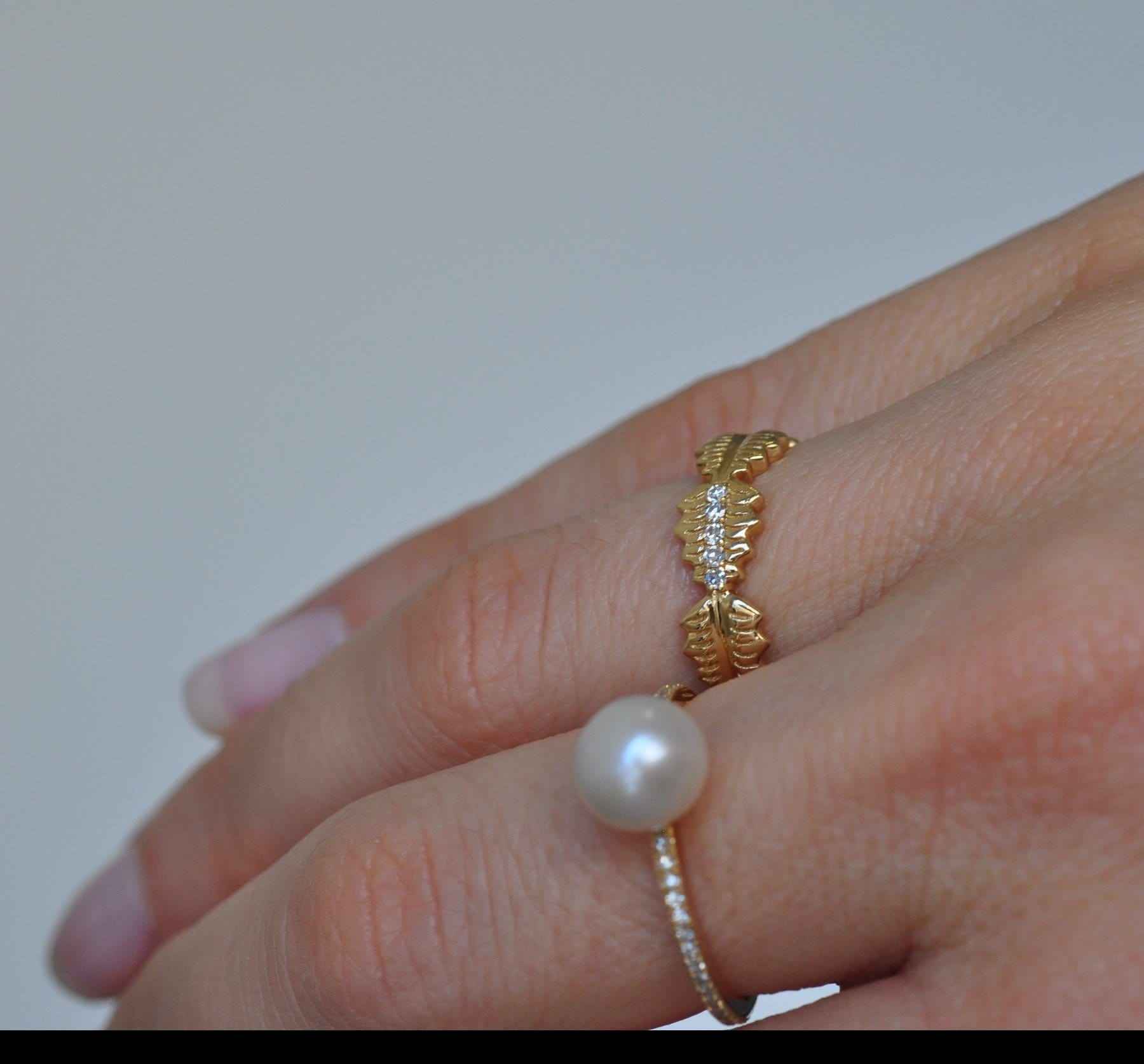 Leaf Eternity Band 14K