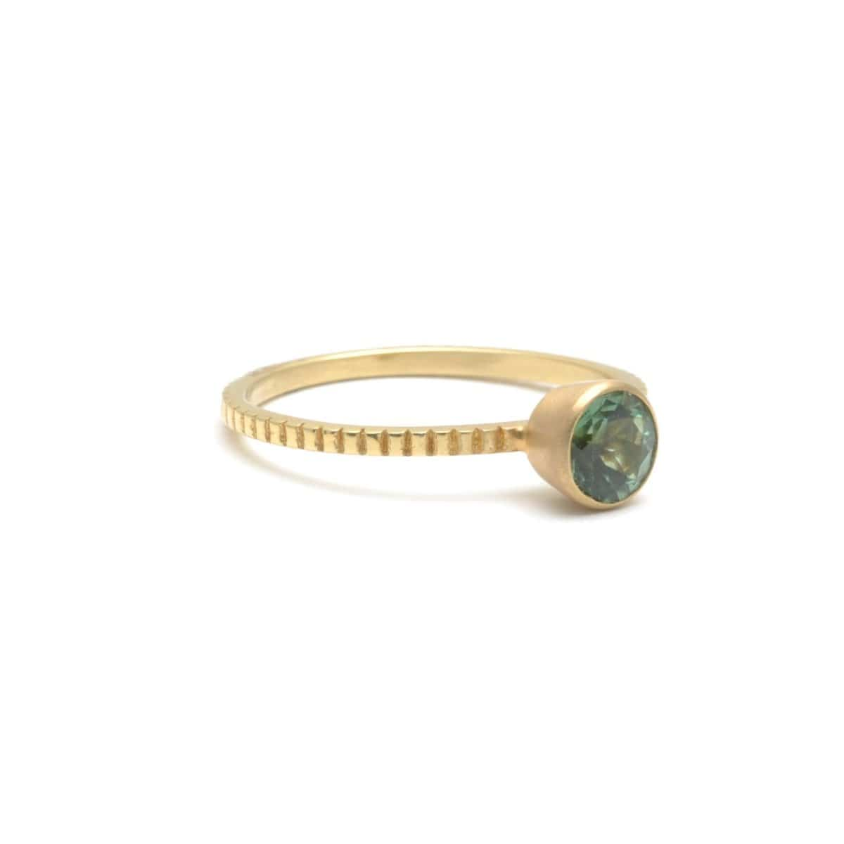 Round Green Tourmaline Yellow Gold Ring