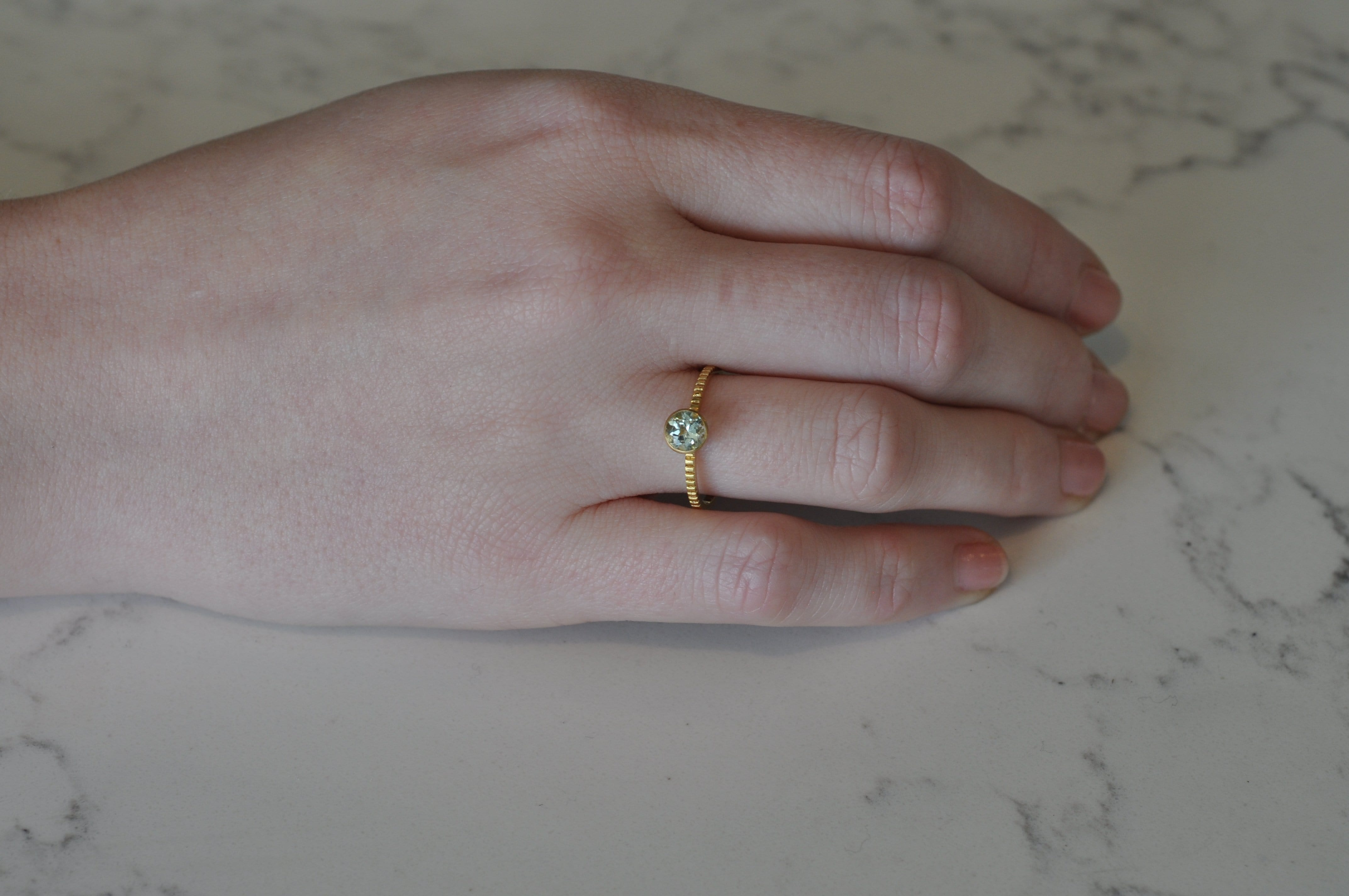 Round Light Green Tourmaline Yellow Gold Ring
