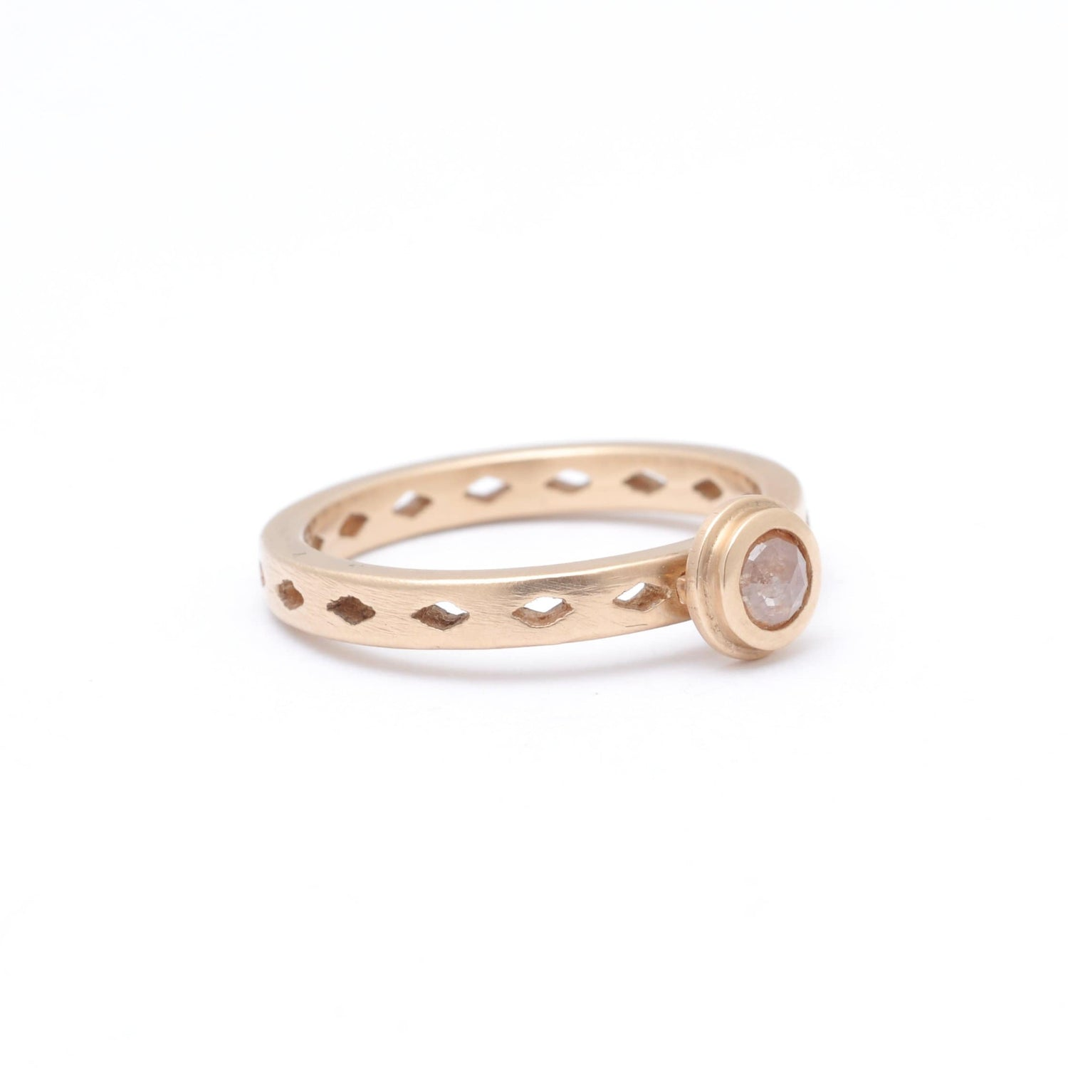 Rosecut Diamond Rose Gold Diamond Shape Cutout Ring