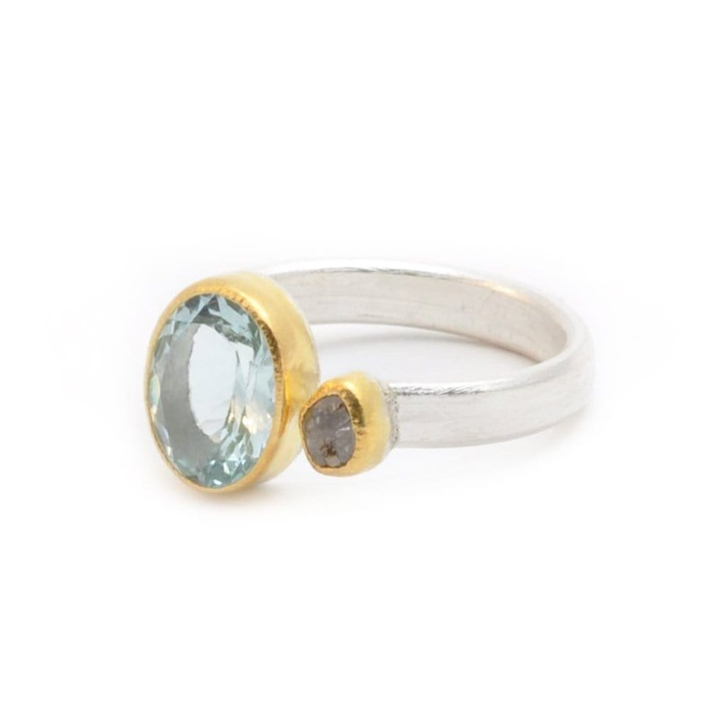 Oval two tone Aquamarine Diamond Ring
