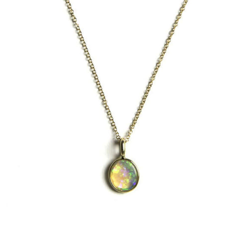 Oval Opal Pendant 18k Yellow Gold