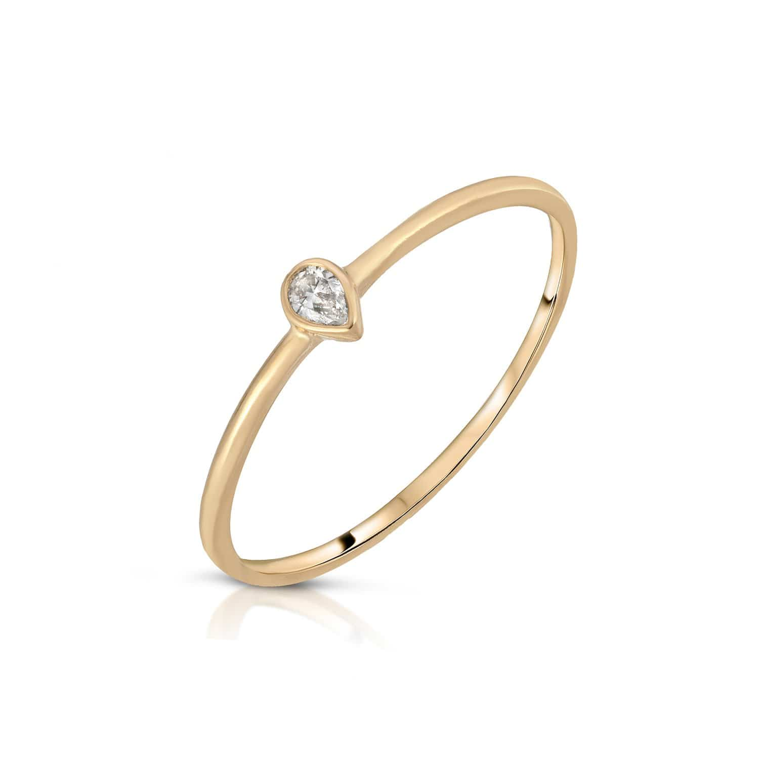 Pear Shape Diamond Yellow Gold Ring