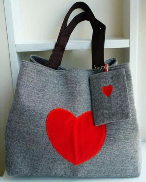 05ef93d189c674 Heart Printed Canvas Tote Shopping Bag