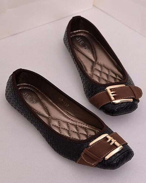 546ddca962a660 Mujer Ankle Strap Sandals.  72.00. Sold Out. Sterling + Koi - Zhou Square  Toe Ballet Flats - Black