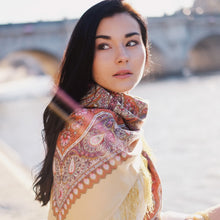 svetlana k foulard russe ginger châle chic parisien effortless artisanat d'art cote