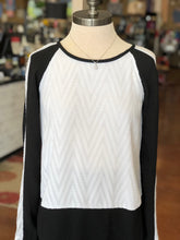 Rachel Roy Size Small Black/White Long Sleeve Blouse